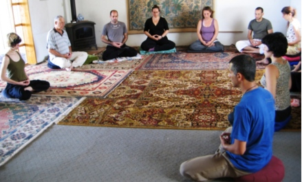 One day sitting: sitting Zazen with students, 2007