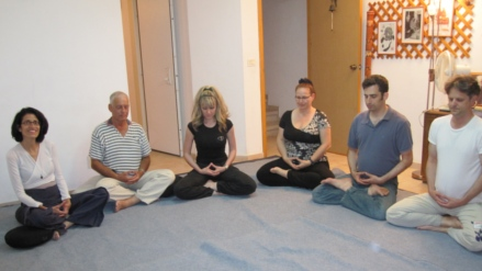 Zen lesson: sitting Zazen with students, June 2011