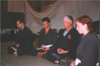 Martial arts lesson (Judo,Nin): Danny Waxman sits Zazen with his students